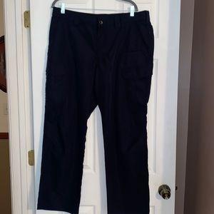 NWOT 5.11 tactical navy cargo pants for men Sz 38